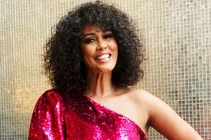 Read more about the article Bio of Belinda Davids