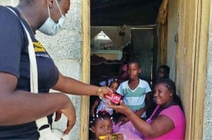Food Distribution Reaches Families in the Dominican Republic