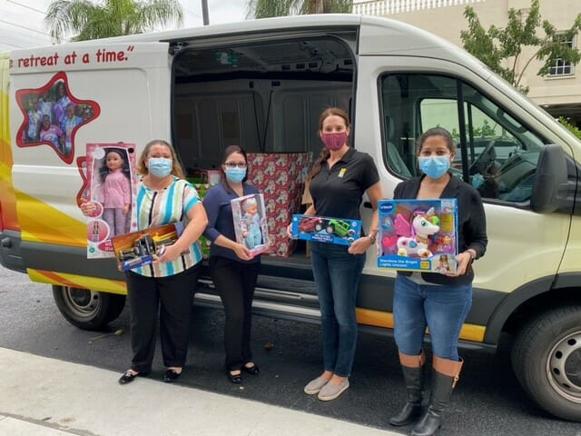 Helping South Florida Families for the Holiday Season