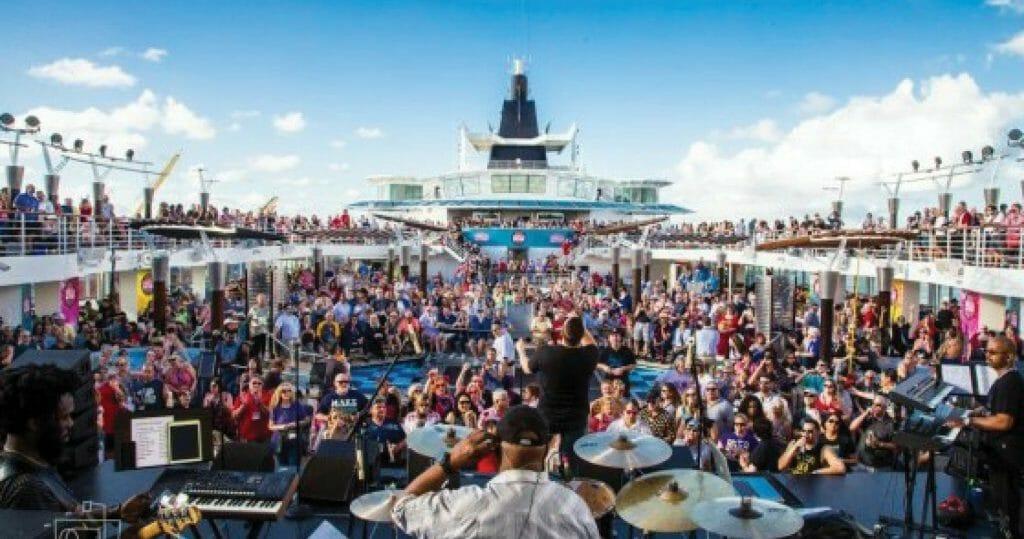 Ultimate Disco Cruise _ People on Cruise ship