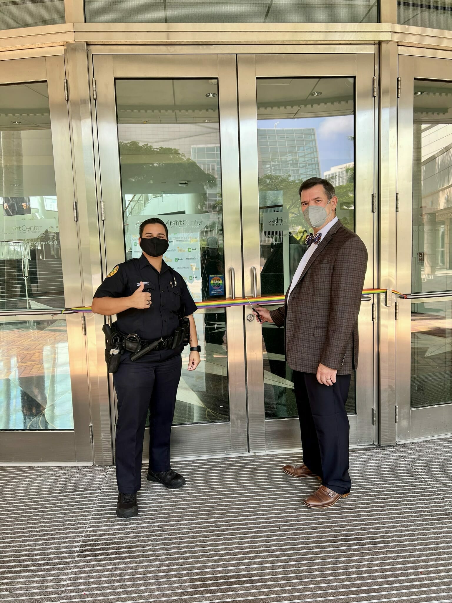 Read more about the article Arsht Center Partners with Miami Police to be a Designated Safe Place for Victims of Hate Crimes